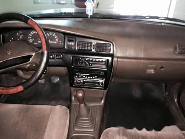 Mình bán gấp Nissan Bluebird MT đời 1992, màu đen