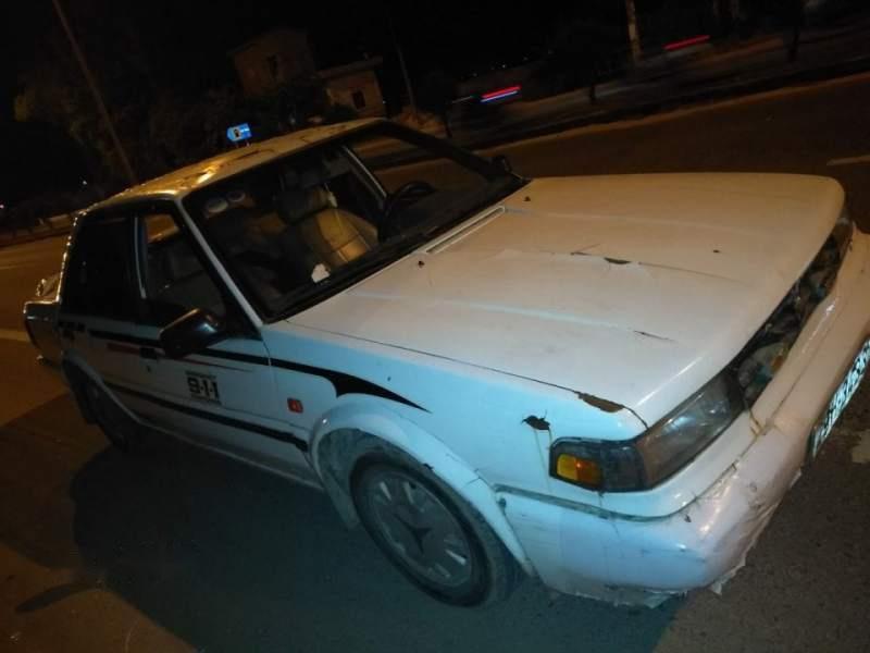 Bán Nissan Bluebird 1986, màu trắng, xe nhập