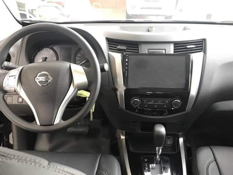 Bán xe Nissan Navara sản xuất năm 2018, màu nâu, nhập khẩu
