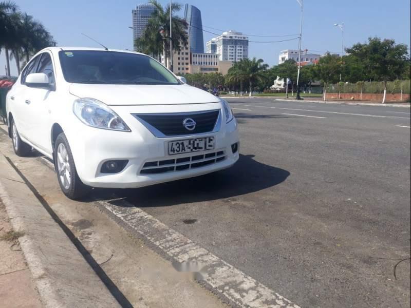 Bán xe Nissan Sunny model 2013, xe còn đẹp long lanh chưa trầy xước