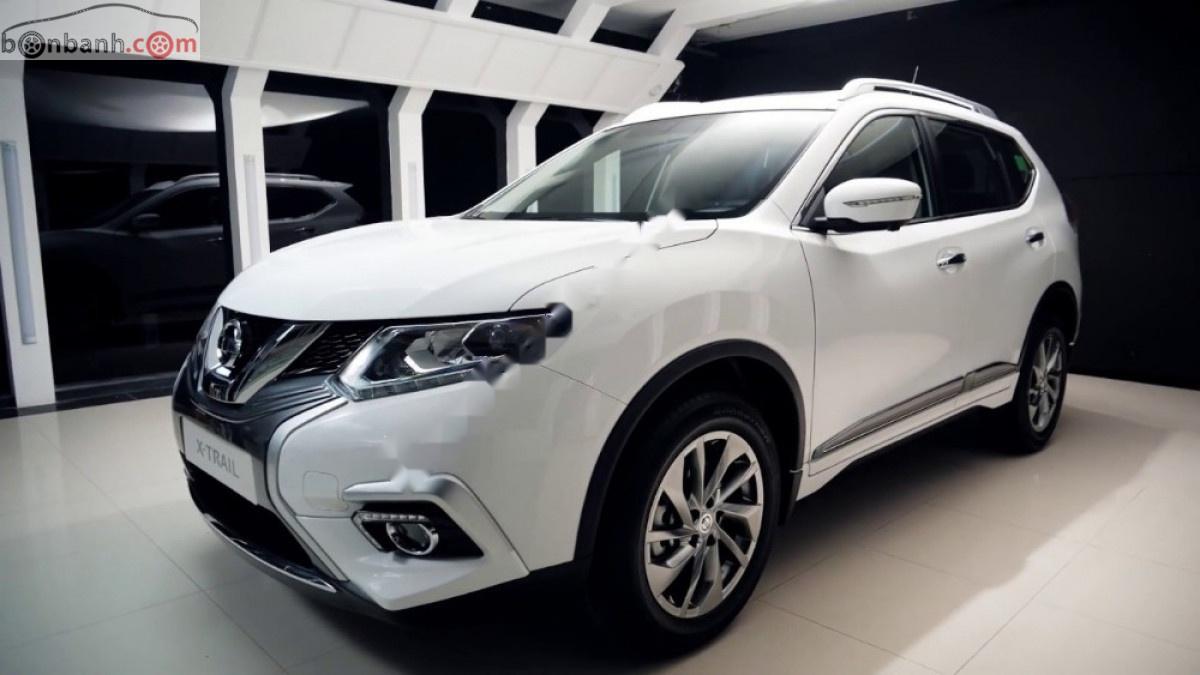 Bán Nissan X trail V Series 2.5 SV Luxury 4WD sản xuất 2019, đủ màu, có xe giao ngay tại nhà