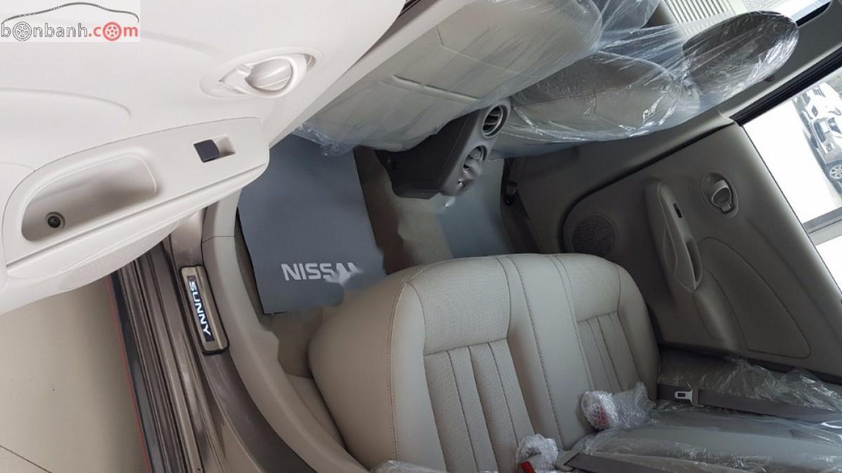 Bán Nissan Sunny đời 2019, màu nâu giá cạnh tranh