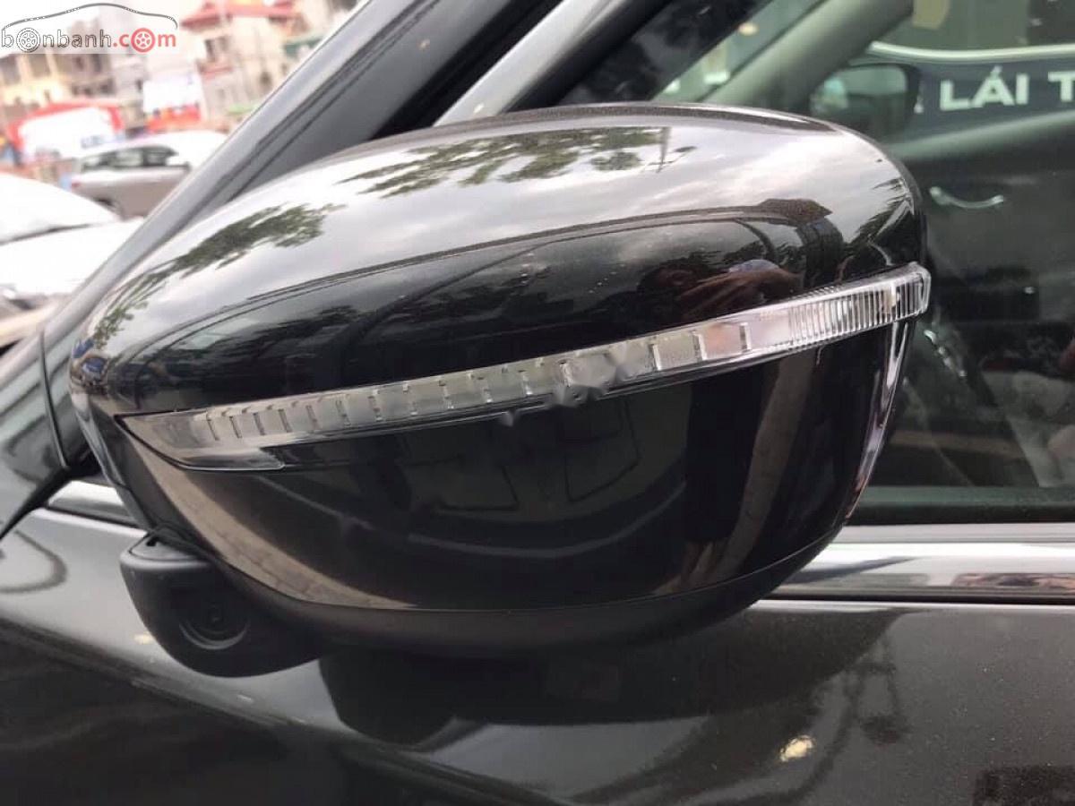 Bán Nissan X trail V Series 2.0 SL Premium năm 2019, màu đen, giá 820tr