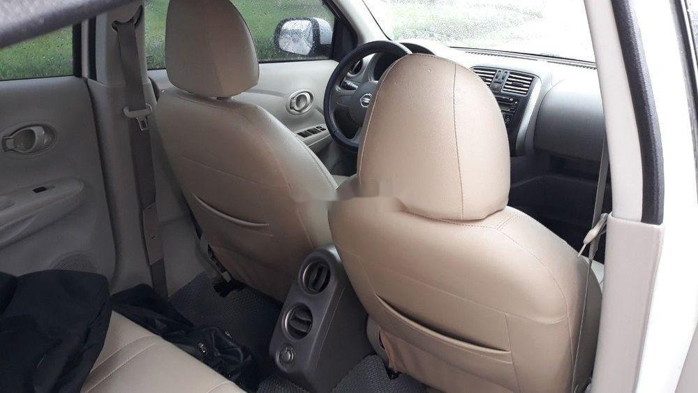 Cần bán lại xe Nissan Sunny đời 2014, màu trắng còn mới, giá 265tr
