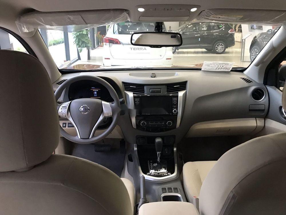 Bán Nissan Navara 2019, màu nâu, xe nhập