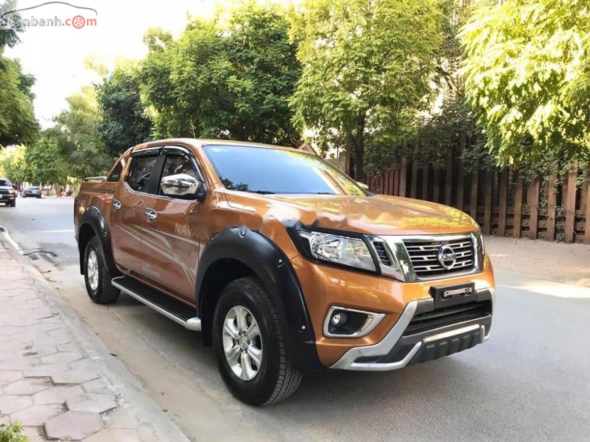 Bán Nissan Navara EL Premium R năm sản xuất 2019, màu vàng, nhập khẩu