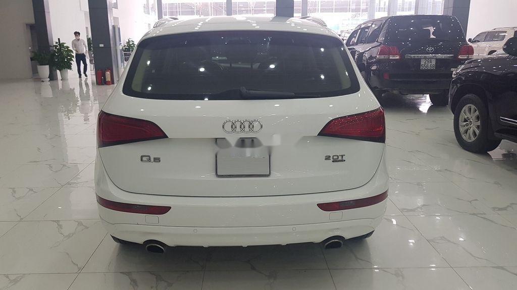 Bán xe Audi Q5 năm 2013, màu trắng, nhập khẩu nguyên chiếc