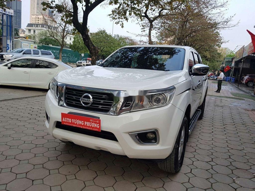 Bán Nissan Navara 2016, màu trắng, nhập khẩu