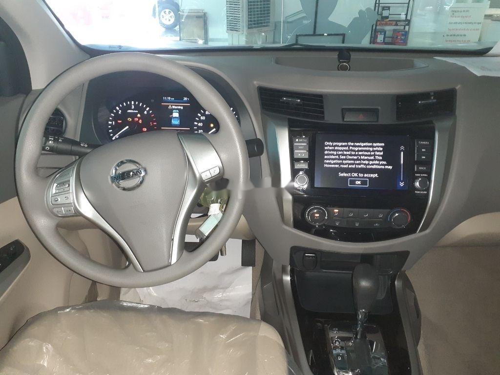 Bán xe Nissan Navara EL năm 2019, màu trắng, nhập khẩu
