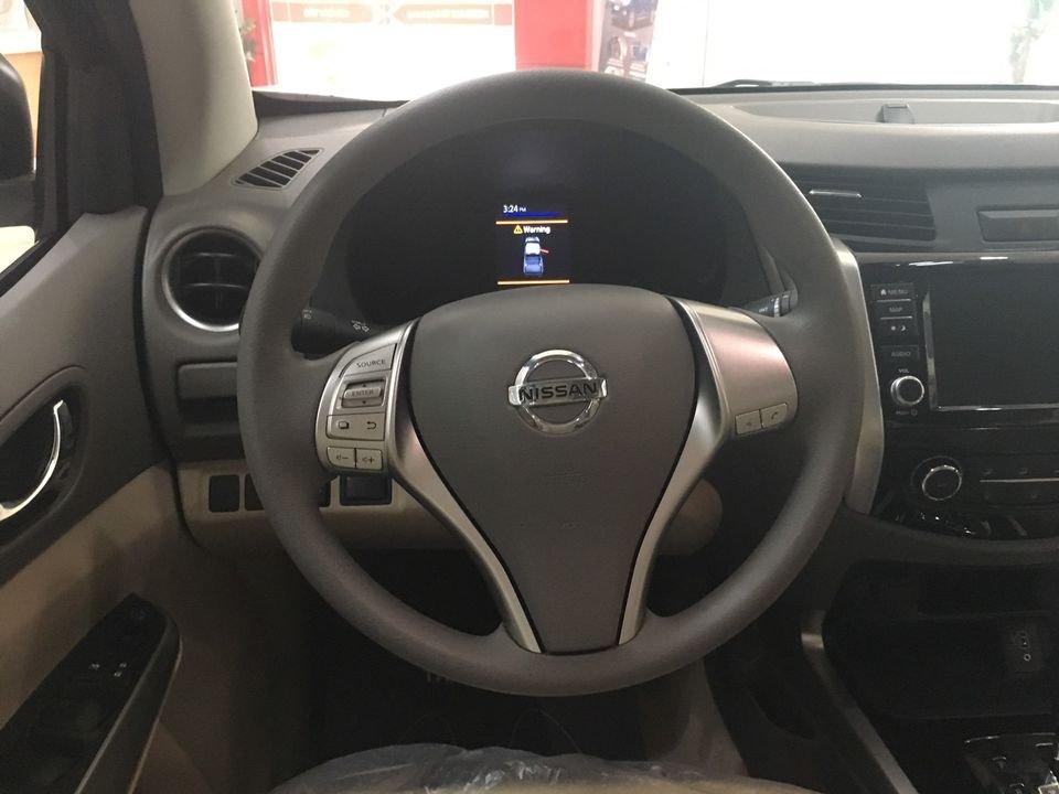 Bán Nissan Navara EL 2020, màu đen, nhập khẩu, giá 615tr