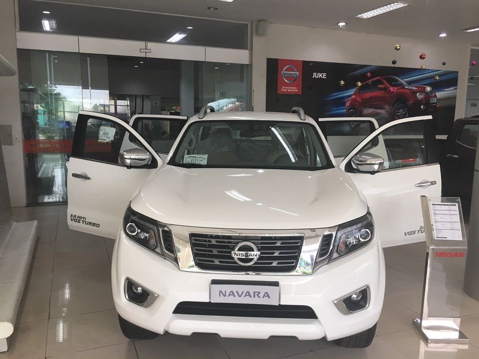 Nissan Navara - Nhận xe với 150tr