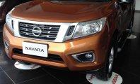 Bán ô tô Nissan Navara E đời 2015, màu cam, nhập khẩu nguyên chiếc giá 625 triệu tại Hà Nội