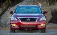 Cần bán xe Nissan Teana SL đời 2017, màu đỏ giá 1 tỷ 490 tr tại Hà Nội
