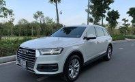 Cần bán lại xe Audi Q7, đăng ký lần đầu 2015, màu trắng nhập khẩu nguyên chiếc giá 2 tỷ 950 tr tại Tp.HCM