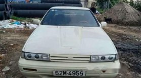 Bán xe Nissan Bluebird năm 1990, màu trắng, nhập khẩu nguyên chiếc, đồng sơn zin giá 50 triệu tại Tp.HCM