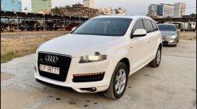 Cần bán Audi Q7 4.2 Quattro đời 2009, màu trắng, nhập khẩu nguyên chiếc, 750 triệu giá 750 triệu tại Tp.HCM